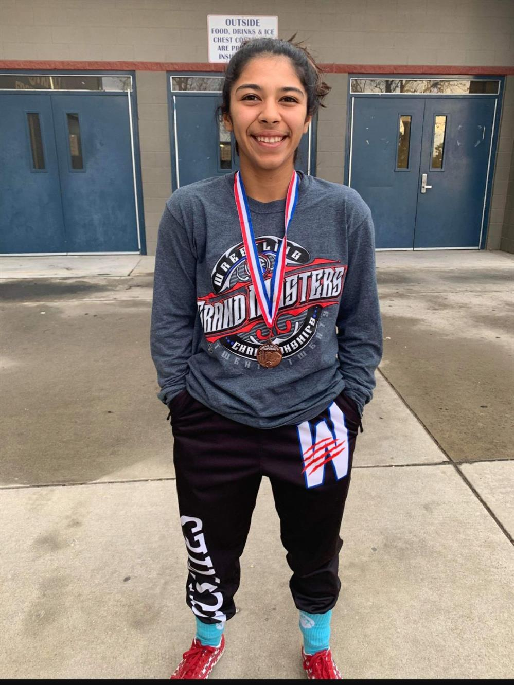 Cabrera Advances to State Championships in Wrestling!